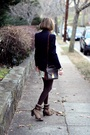 Blue-vintage-blazer-white-alice-olivia-skirt-brown-louis-vuitton-purse-br
