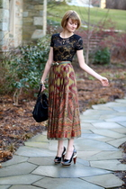 brown vintage skirt - black Forever 21 top - black Finsk shoes - black KMRii pur