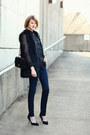 Black-faux-fur-romwe-vest-navy-skinny-jeans-h-m-jeans
