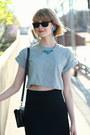 Heather-gray-crop-top-topshop-t-shirt-black-mini-sophie-hulme-bag