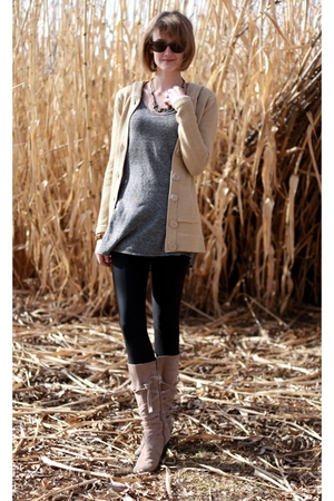 beige derek heart sweater - gray Target t-shirt - beige Enzo Angiolini boots - b