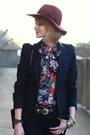 Black-skinny-zara-jeans-maroon-fedora-h-m-hat-black-tailored-zara-blazer