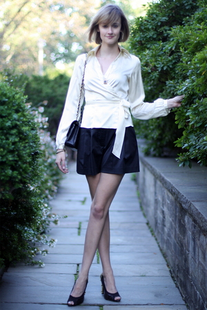The Limited top - Forever 21 shorts - PROENZA SCHOULER shoes - Chanel purse - Ra