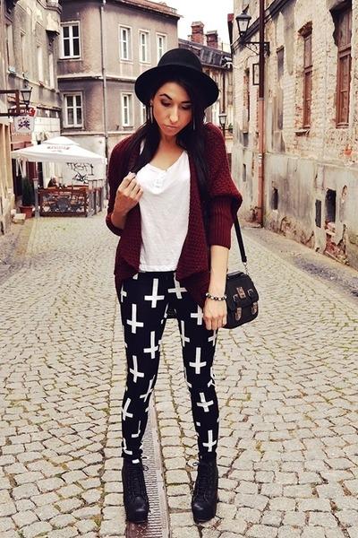 black wwwmissguidedcouk pants - maroon Bershka sweater