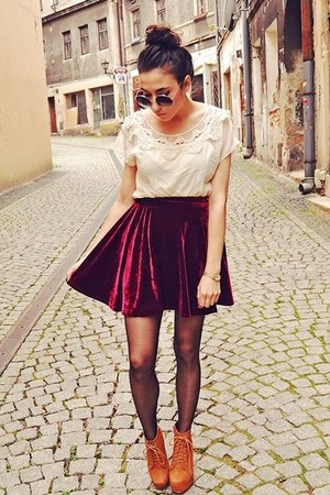 brick red wwwawwdorecom skirt - cream wwwoasapcom dress