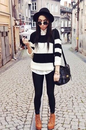 black reserved jumper