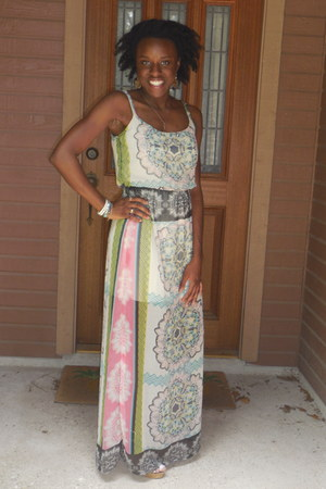 Steve Madden wedges - maxi dress Love 21 dress - ivory pearls Mossimo earrings