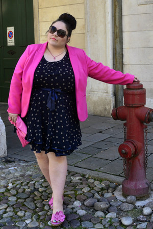 hot pink plus size H&M blazer - navy ax paris curve dress