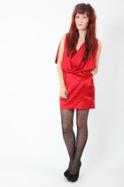 red Dixi dress - black Dixi tights