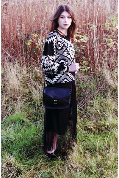 black Dixi jumper - black francis satchel Dixi bag - black Dixi skirt
