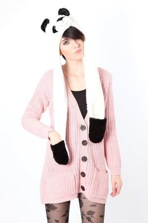 white Dixi hat - pink Dixi cardigan