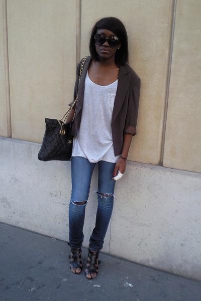devernois blazer - H&M shirt - Bershka jeans - Newlook shoes - Chanel accessorie