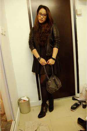 H&M skirt - Zara jacket - Zara purse - Jeffrey Campbell shoes - DIY necklace