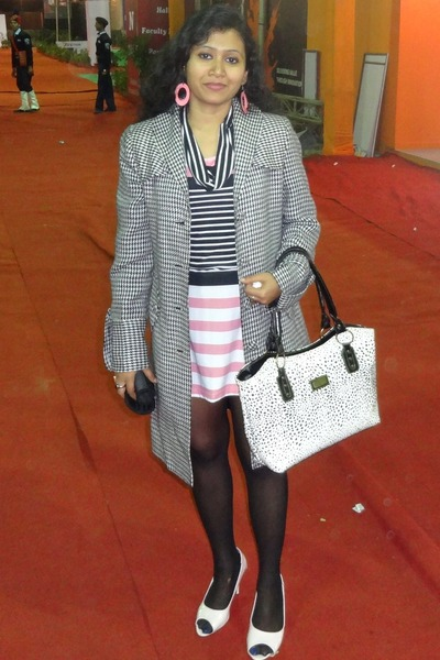 Globus blazer - f21 dress - Aldo pumps