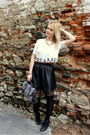 Heather-gray-oasap-bag-black-new-yorker-skirt-white-bershka-top