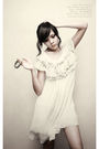 Xin-ye-fang-dress-unlisted-shoes-accesories-bracelet