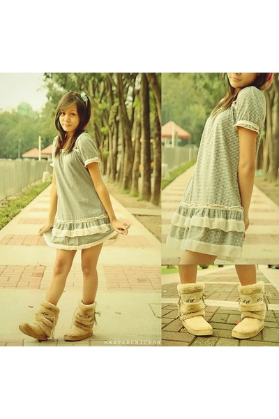green dress - camel boots