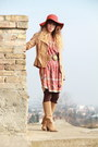Tan-pieces-boots-tawny-pepe-jeans-dress-tawny-urban-outfitters-dress