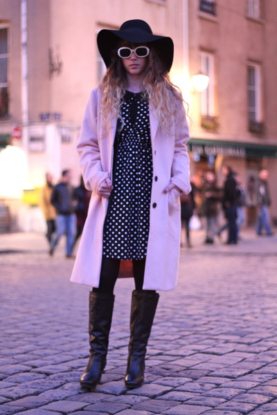 light pink Vila coat - black Pepe Jeans boots - black asos dress - black H&M hat