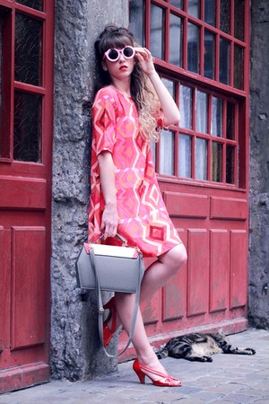 red mister zimi dress - heather gray Compania Fantastica bag