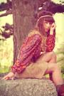 Tawny-vintage-boots-beige-vintage-skirt-tan-vintage-belt