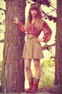 Tawny-vintage-boots-tan-vintage-belt-beige-vintage-skirt