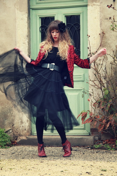 black Molly Bracken dress - ruby red Molly Bracken jacket