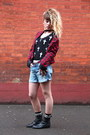 Black-vintage-boots-red-only-blazer-blue-zara-shorts-white-primark-socks