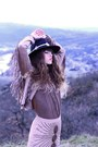 Black-missguided-hat-beige-doll-poupée-hat-tan-she-inside-jacket