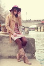 Tan-méliné-boots-maroon-show-girl-dress-maroon-zara-hat