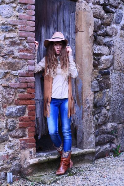 tawny vintage boots - blue salsa jeans - beige Topshop hat