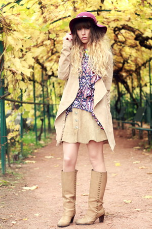 maroon Zara hat - tan pieces boots - tan Vila jacket - tan vintage skirt
