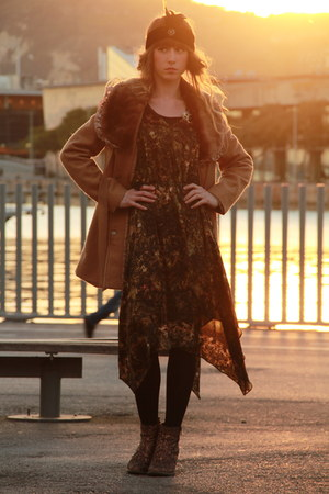 bronze Molly Bracken coat - army green Byoung dress - black Topshop accessories