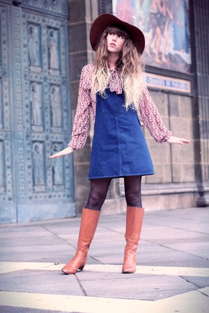burnt orange American Apparel hat - tawny minal boots - navy Zara dress