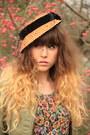 Camel-pieces-boots-olive-green-nishe-dress-camel-vintage-hat