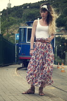 blue Pepe Jeans skirt - white lace Doll Poupée hair accessory - white H&M vest