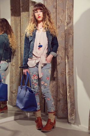 tawny we do boots - periwinkle floral print maison scotch jeans