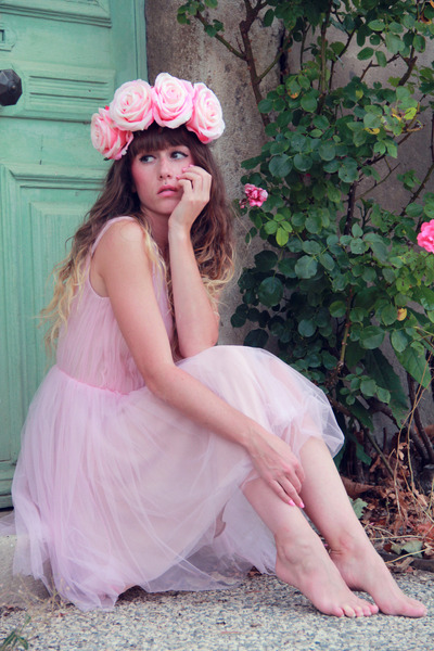 light pink Zara dress - light pink Doll Poupée hair accessory