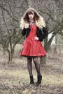 Red-nishe-dress-black-vero-moda-jacket-black-pieces-tights