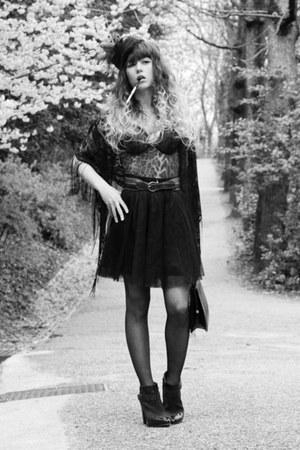 black Vero Moda scarf - dark brown asos boots - tawny vintage belt