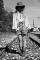 ivory Zara cardigan - dark brown vintage boots - tawny Urban Outfitters hat