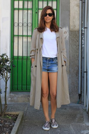 tan Zara coat - blue pull&bear shorts - white Zara t-shirt