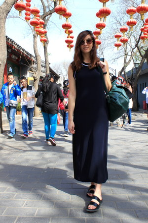 navy Zara dress - black Zara sandals