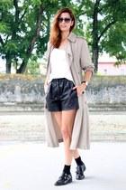 black Zara shorts - black Uterque shoes - silver Zara cardigan