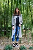 off white Zara coat - blue Zara jeans - black Zara sandals