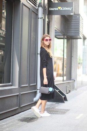black & other stories dress - black Zara bag - hot pink Celine sunglasses