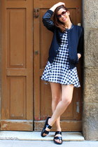 navy Zara coat - black kling dress - black Zara sandals