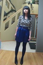 black top - blue skirt - purple accessories - black tights - black shoes