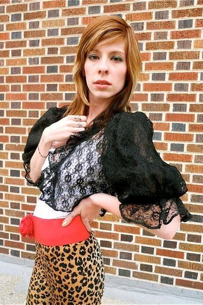 black vintage leggings - red vintage belt - white vintage top - black vintage ja