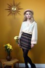 Cream-dorothys-wardrobe-blouse-beige-dorothys-wardrobe-hat